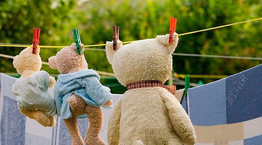 Como limpar os brinquedos e artigos dos mais pequenos
