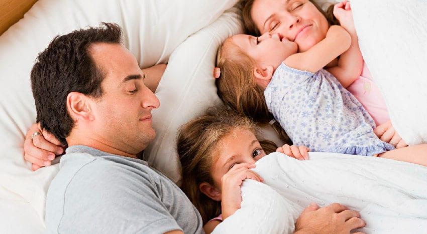 cama dos pais