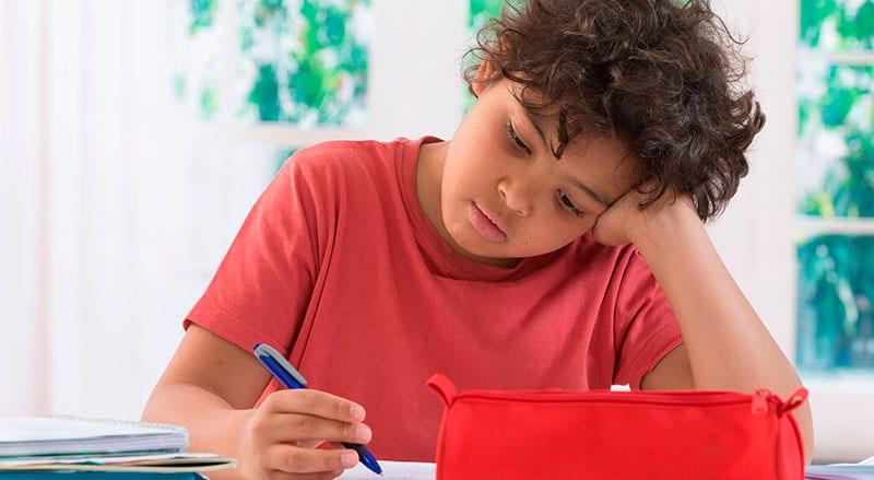 Resultado de imagem para Estratégias para o seu filho se concentrar nas aulas Ponto prévio: