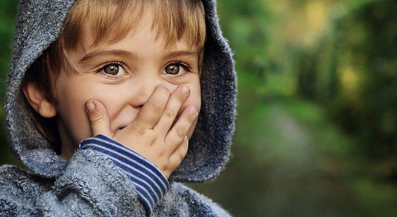Como estimular a inteligência interpessoal em crianças onde este tipo de inteligência não está tão desenvolvido?